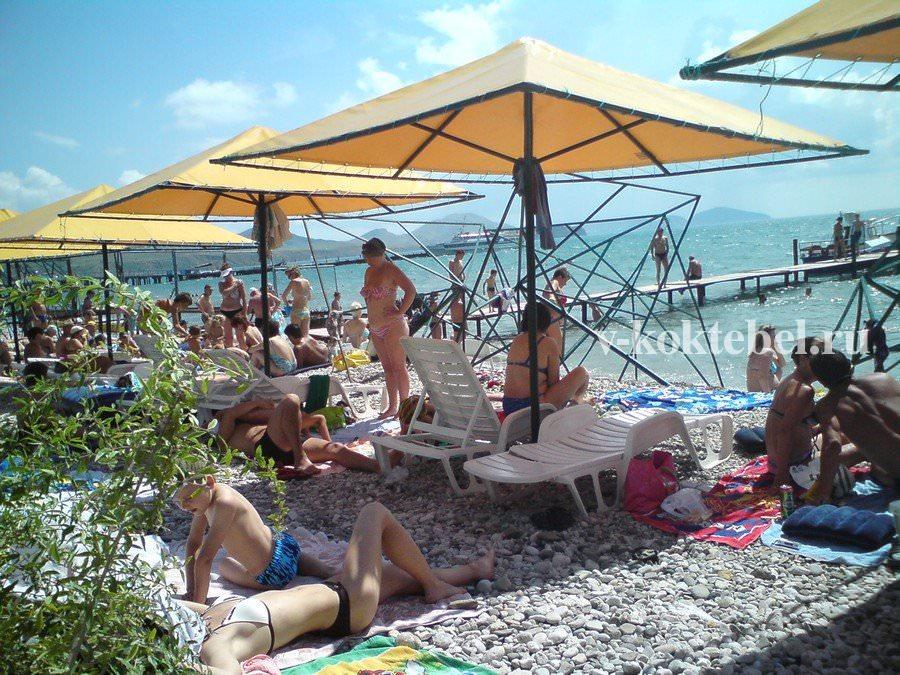 фото девушек с пляжей коктебеля