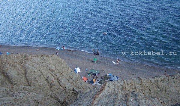 нудиский-пляж-Лисья-бухта