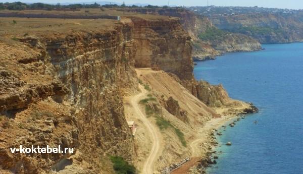 дикие-пляжи-Крыма-фото-Мыс-Херсонес