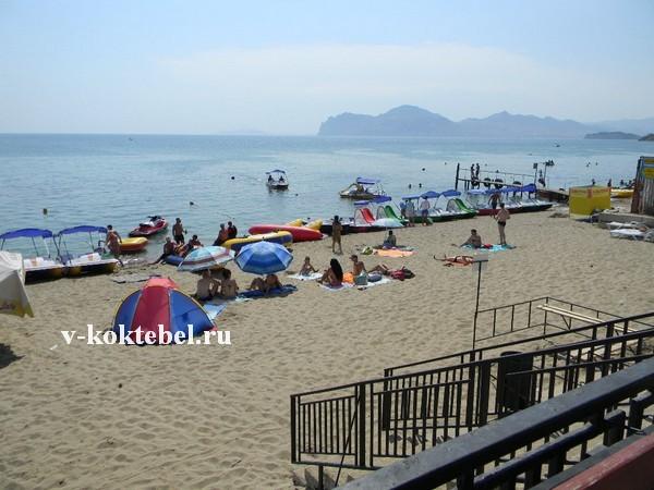 песчаные-курорты-Крыма-с-пляжами-Орджоникидзе