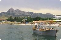 морская-прогулка-на-катере-вдоль-заповедника-Карадаг-в-Коктебеле