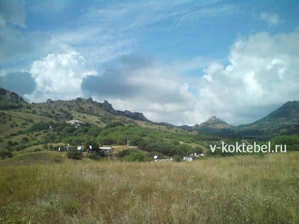 потухший-вулкан-Карадаг-фото