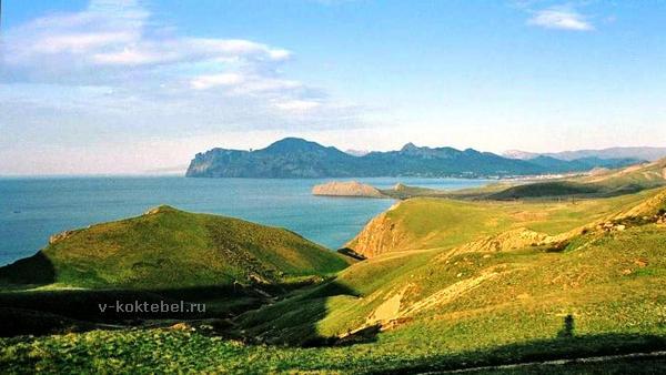 Крым-Карадаг-вид-с-холмов-Биюка