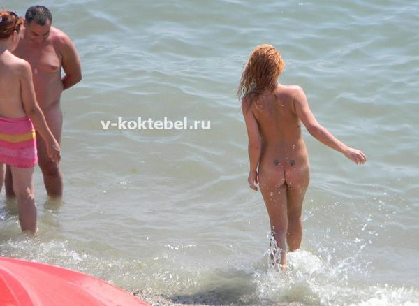 где-в-Крыму-нудиские-пляжи-в-Орджожникидзе
